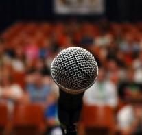 Mikrofon_wystąpienia publiczne